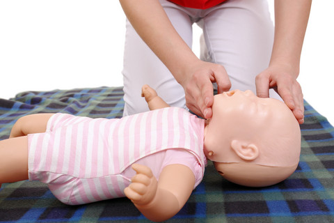 Cpr And First Aid Courses Protect Enfant Child Safety